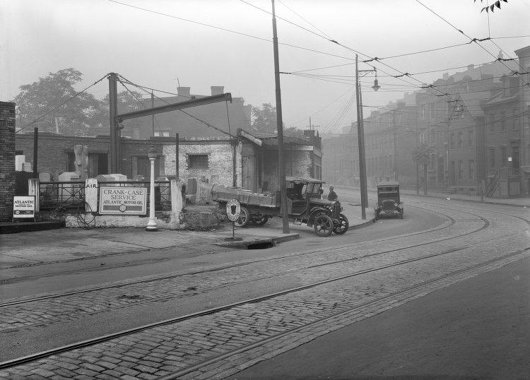 Service Station on Centre Ave_1930